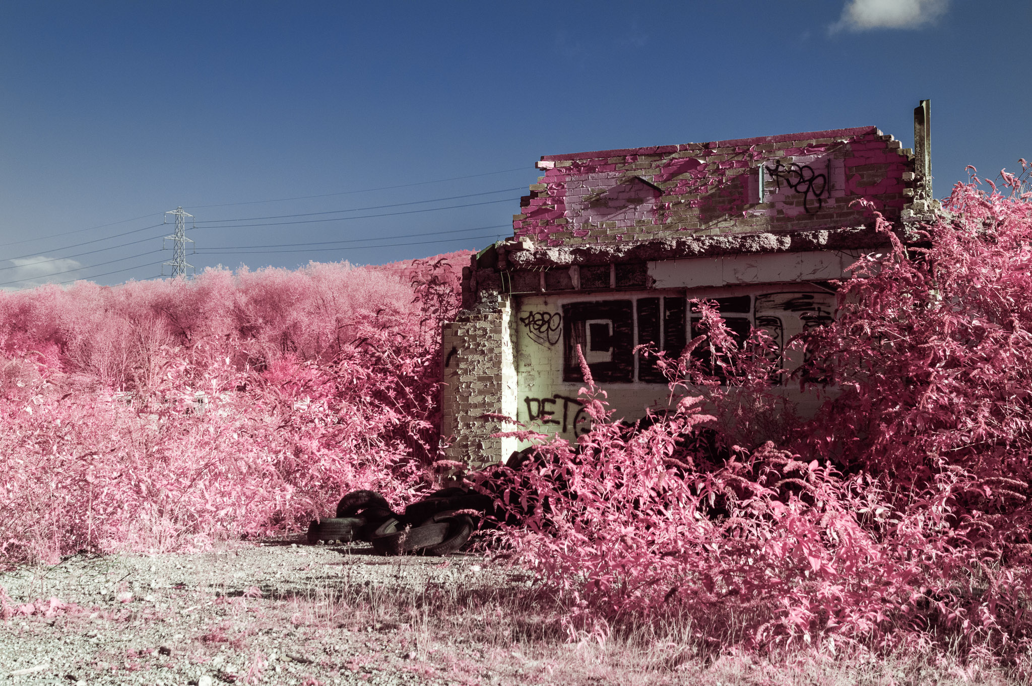 Kodak EIR Colour Infrared, Edgelands, Wasteland, Out of sight, Tyres, Fascia ©Jonny Sutton
